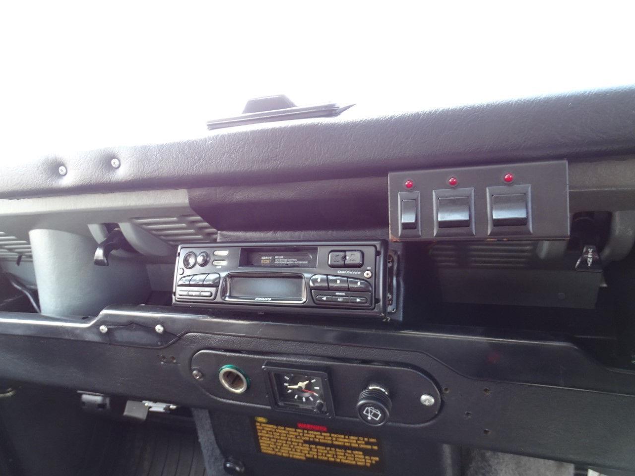1993 Land Rover Defender (CC-1375401) for sale in O'Fallon, Illinois