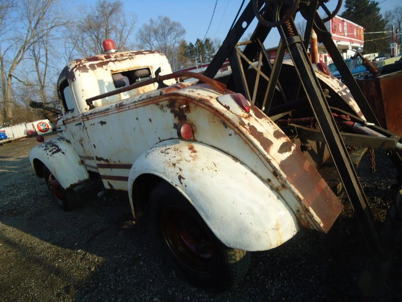 1945 Ford Tow Truck (CC-1376586) for sale in Jackson, Michigan