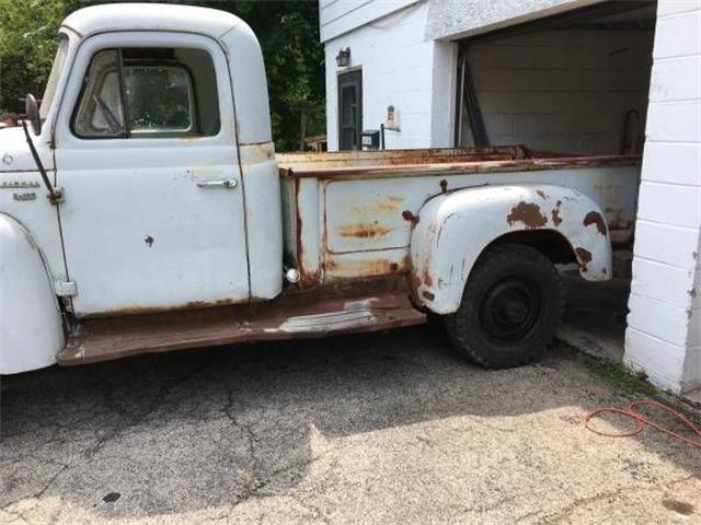 1957 International S120 (CC-1376654) for sale in Cadillac, Michigan
