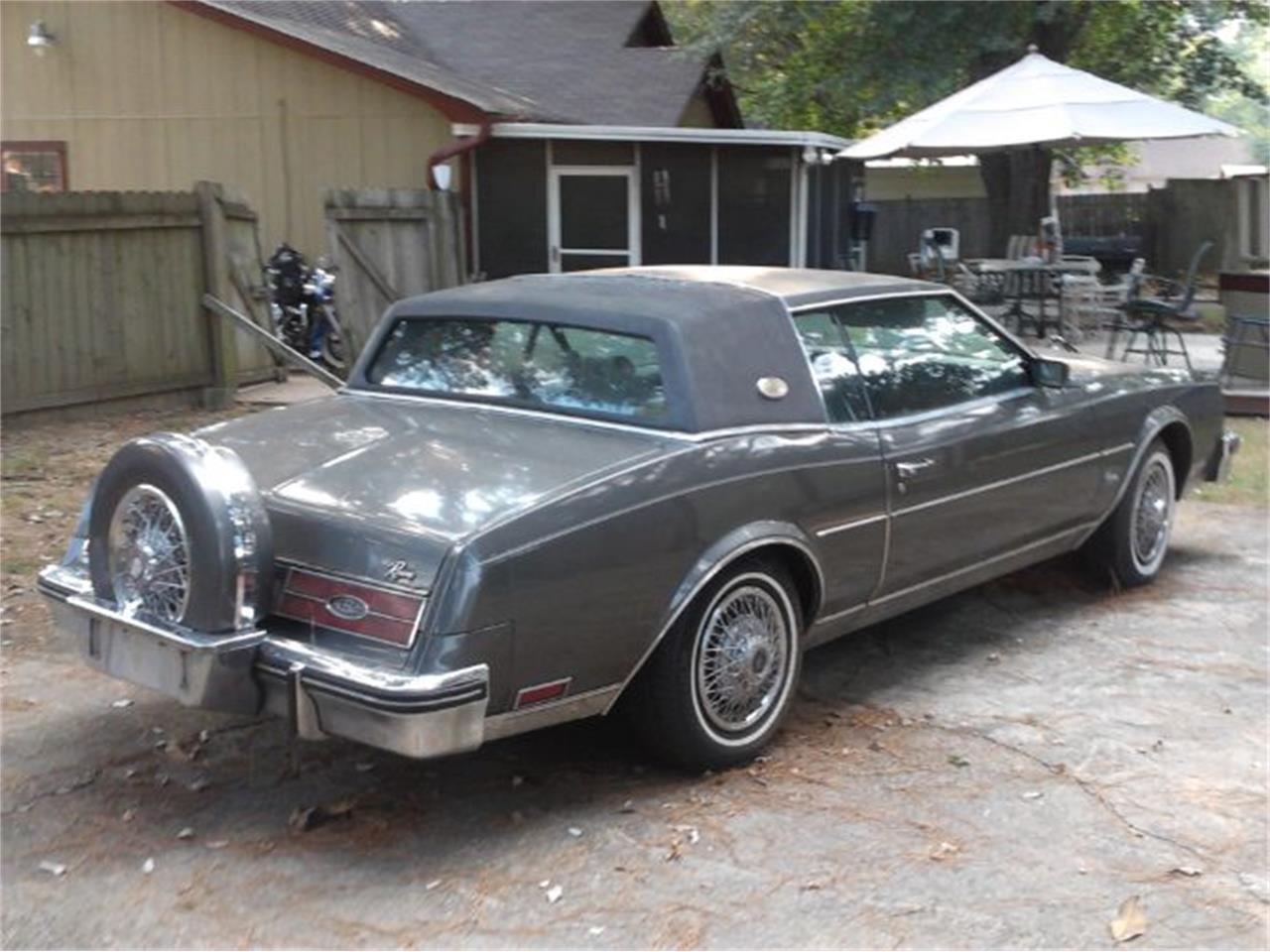1985 Buick Riviera (CC-1376995) for sale in Cadillac, Michigan
