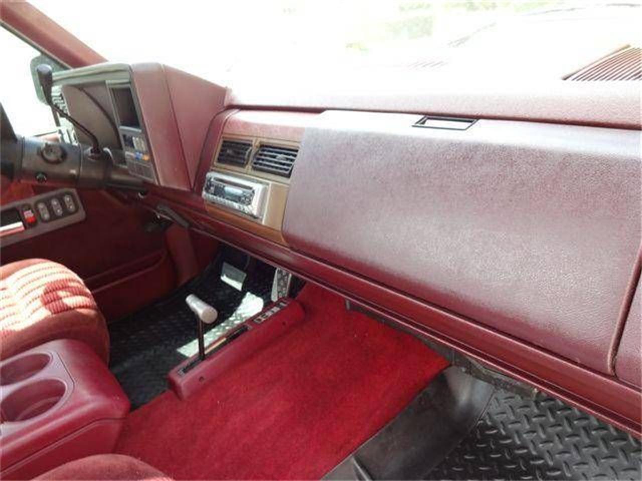 1992 Chevrolet Silverado (CC-1377575) for sale in Cadillac, Michigan