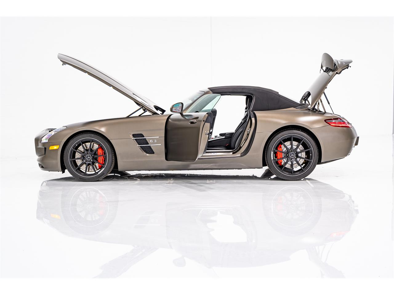2012 Mercedes-Benz SLS AMG (CC-1377835) for sale in Montreal, Quebec