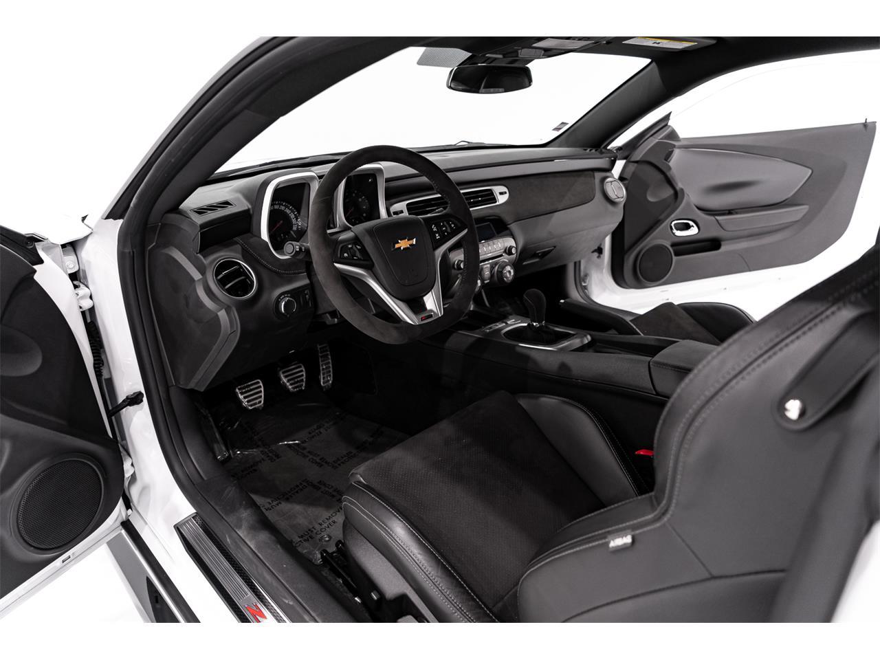 2015 Chevrolet Camaro Z28 (CC-1378089) for sale in Montreal, Quebec