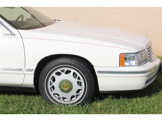 1998 Cadillac DeVille (CC-1378382) for sale in Christiansburg, Virginia