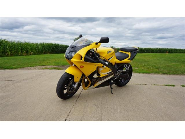 2001 Kawasaki Motorcycle (CC-1378934) for sale in Clarence, Iowa