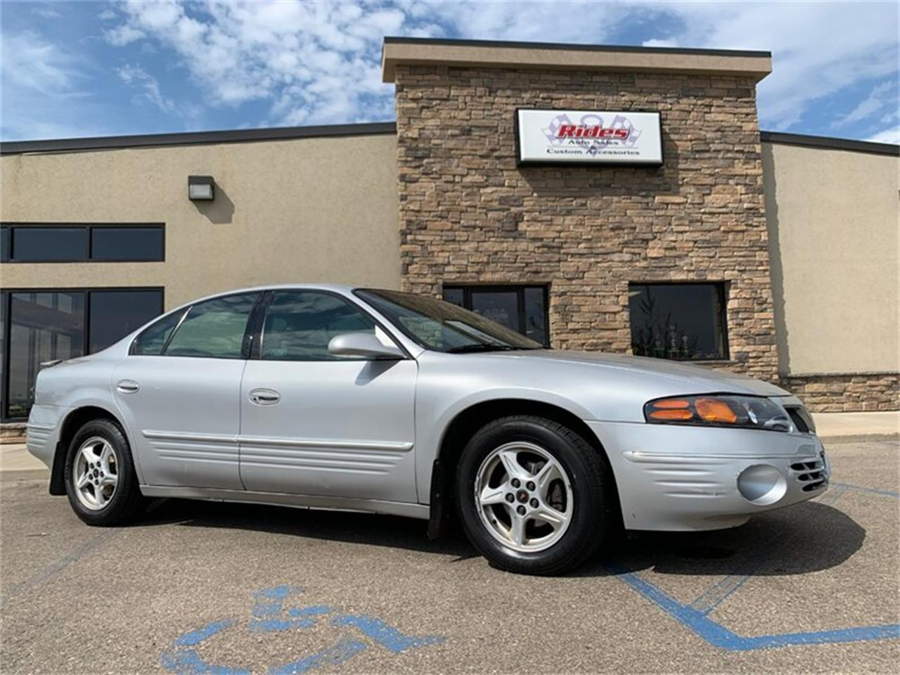 2000 Pontiac Bonneville (CC-1379329) for sale in Bismarck, North Dakota