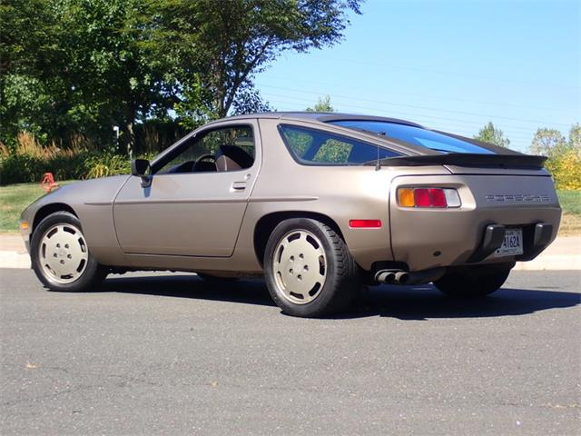 1984 Porsche 928S (CC-1379974) for sale in East Hartford, Connecticut