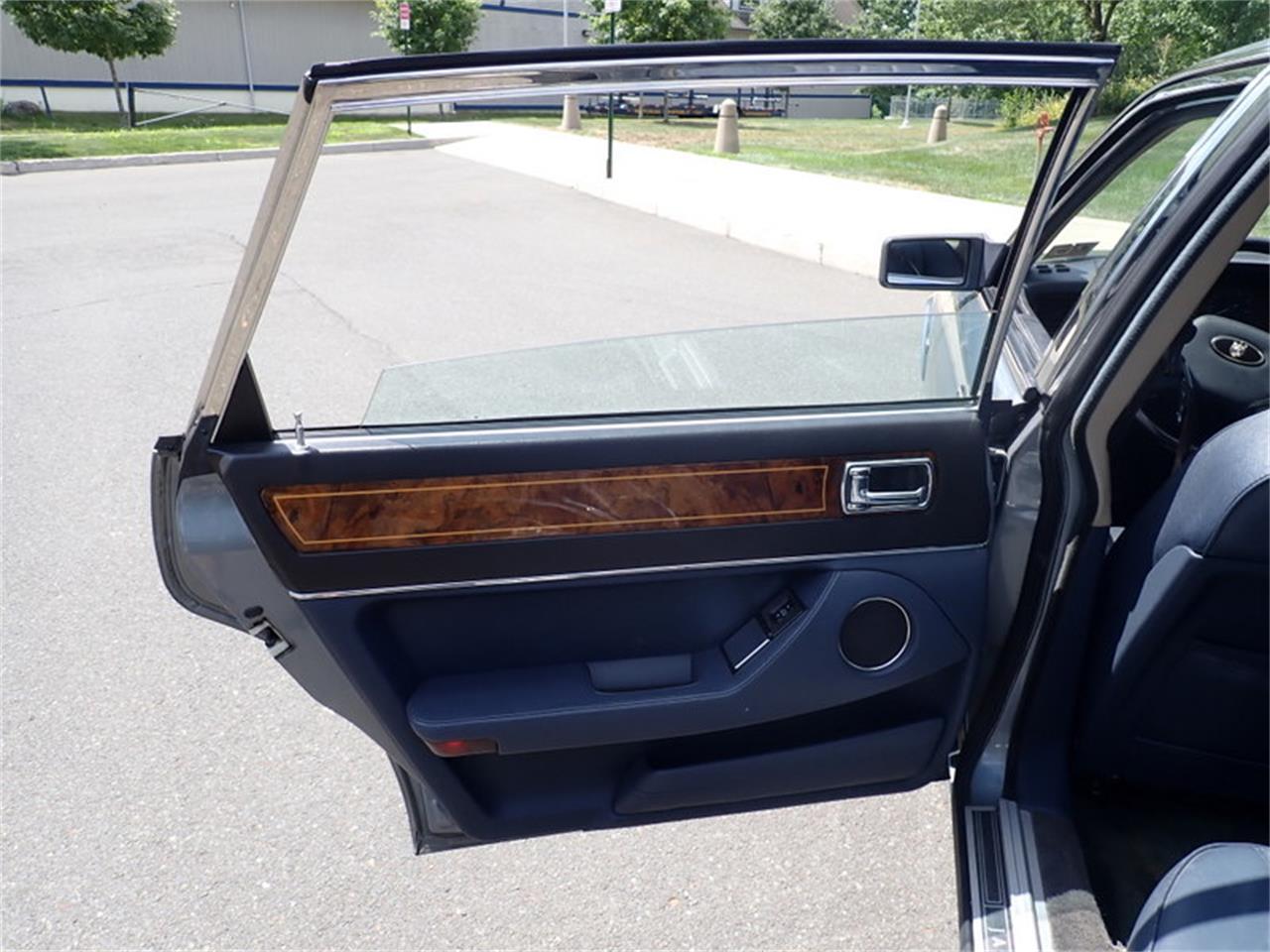 1988 Jaguar XJ6 (CC-1380133) for sale in East Hartford, Connecticut