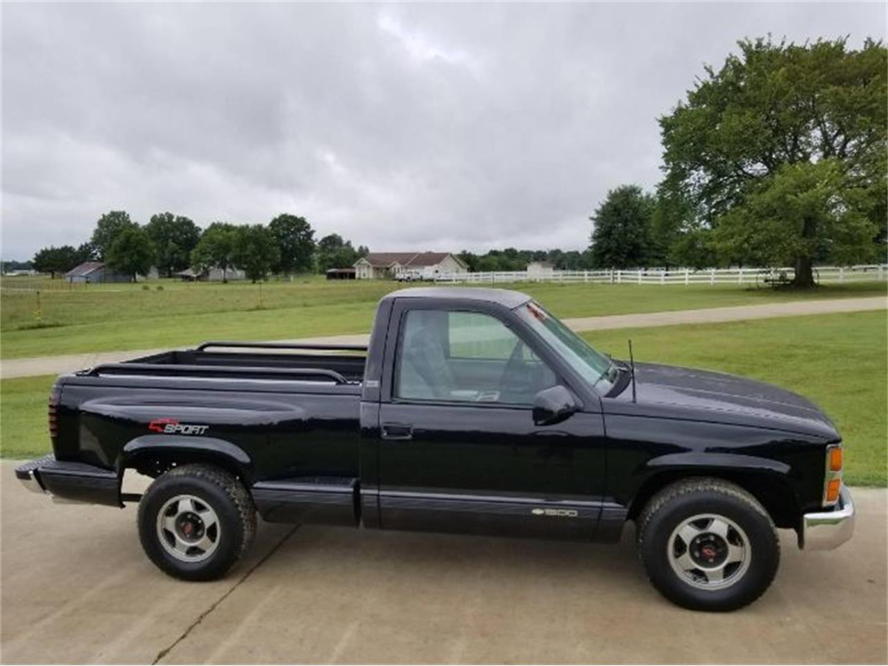 1993 Chevrolet 1500 (CC-1380350) for sale in Cadillac, Michigan
