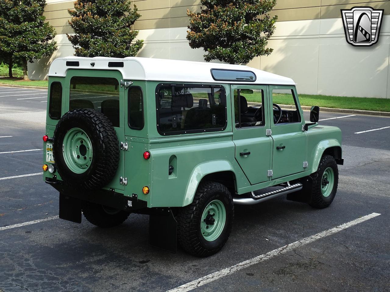 1984 Land Rover Defender 110 (CC-1385186) for sale in O'Fallon, Illinois