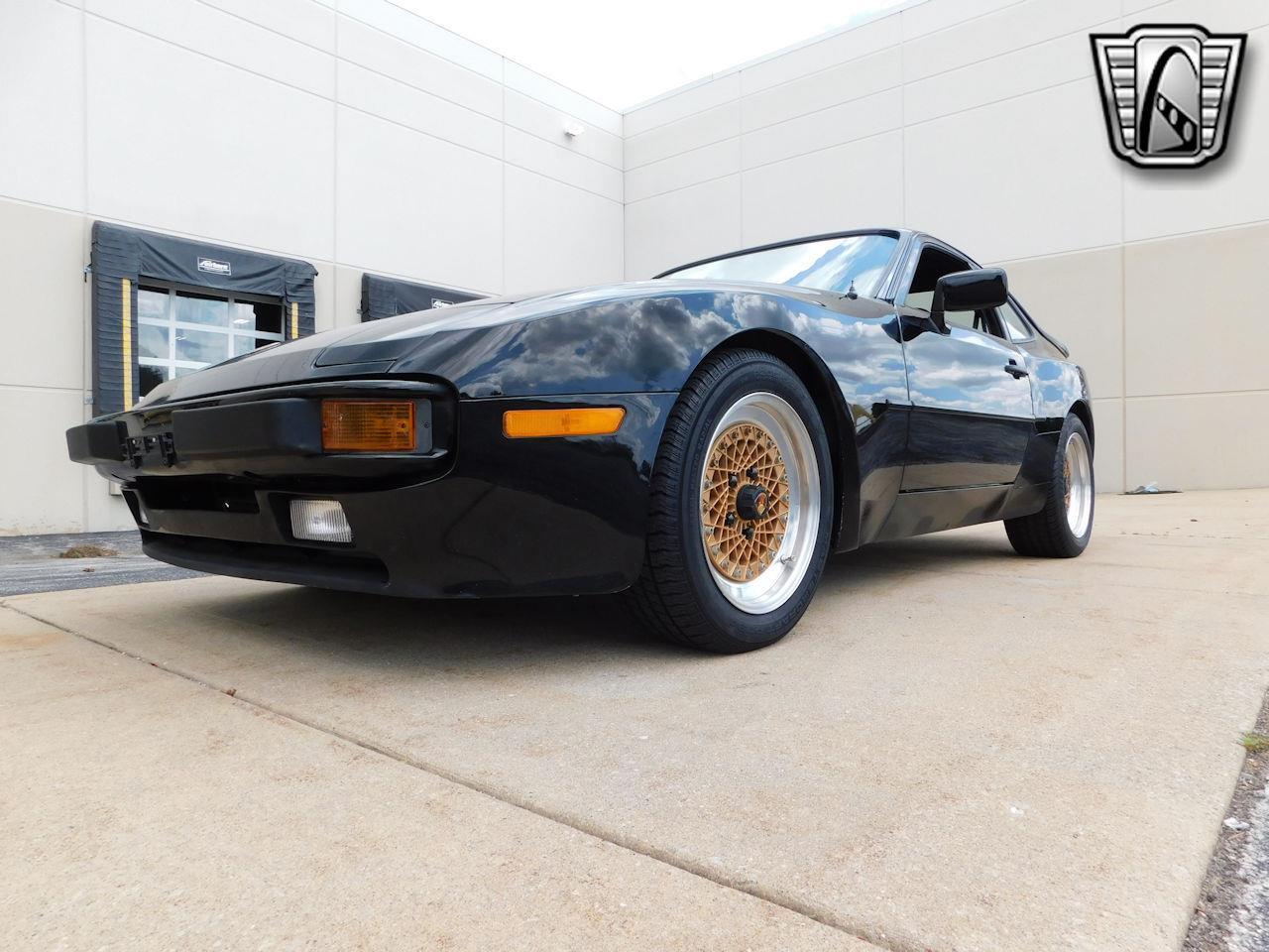 1984 Porsche 944 (CC-1380530) for sale in O'Fallon, Illinois