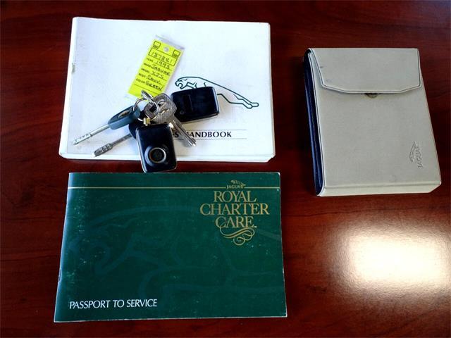 1993 Jaguar XJS (CC-1385360) for sale in De Witt, Iowa