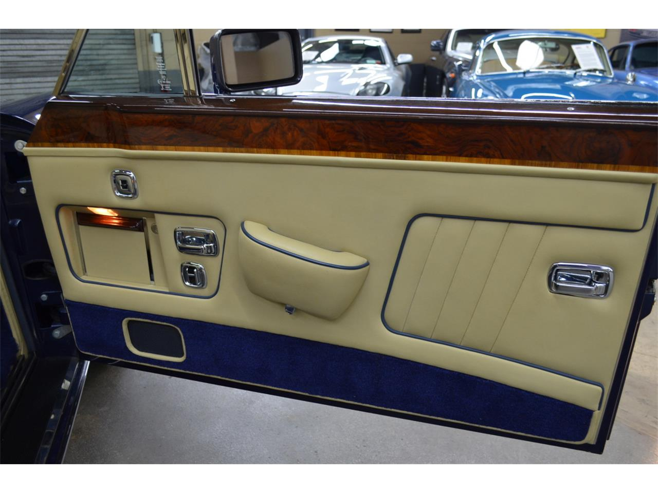 1987 Rolls-Royce Corniche II (CC-1385475) for sale in Huntington Station, New York