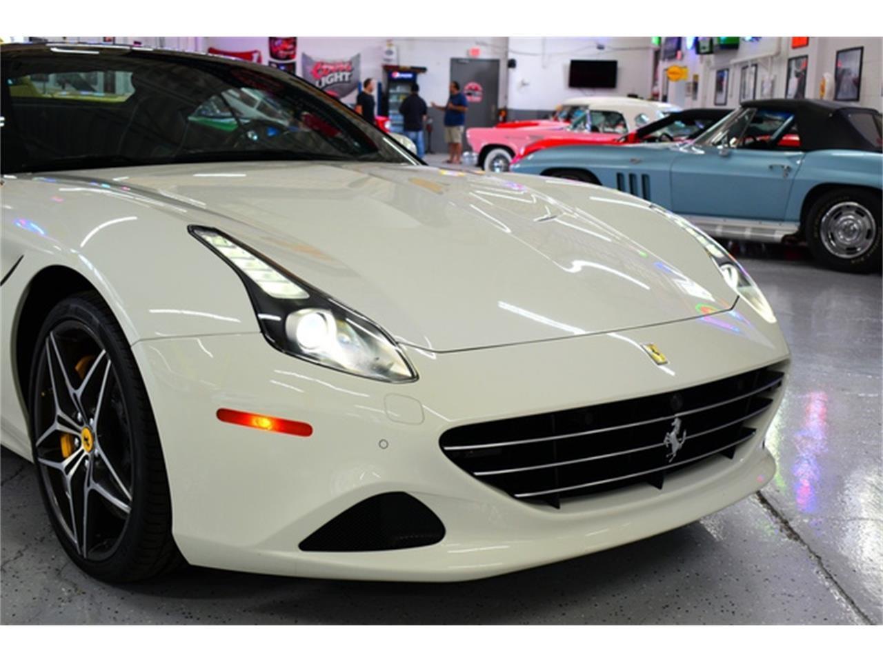 2016 Ferrari California (CC-1386410) for sale in Wayne, Michigan