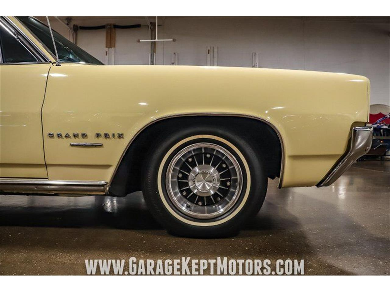 1964 Pontiac Grand Prix (CC-1386678) for sale in Grand Rapids, Michigan