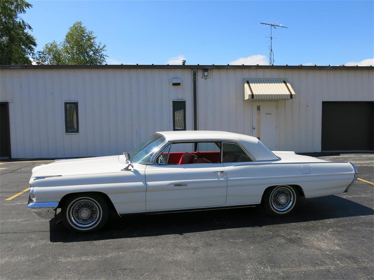 1962 Pontiac Grand Prix (CC-1387940) for sale in Manitowoc, Wisconsin