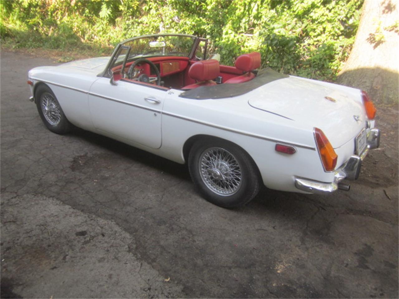 1973 MG MGB (CC-1387951) for sale in Stratford, Connecticut