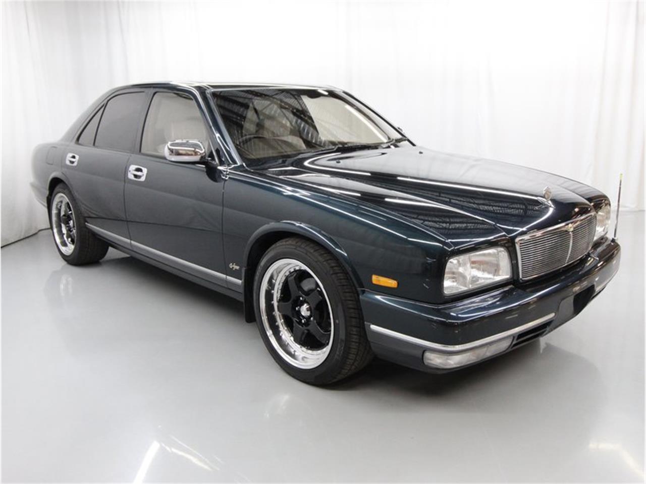1994 Nissan Cima (CC-1388795) for sale in Christiansburg, Virginia