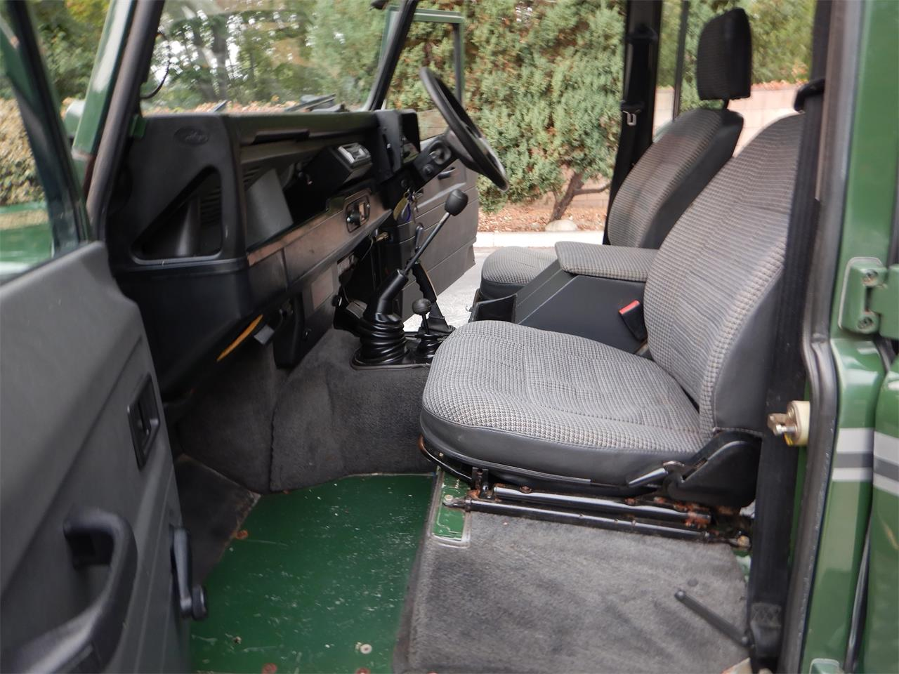 1993 Land Rover Defender (CC-1389614) for sale in Woodland Hills, California