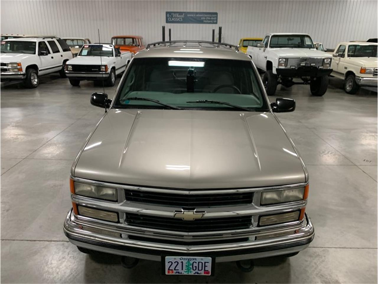 1999 Chevrolet Suburban (CC-1391193) for sale in Holland , Michigan