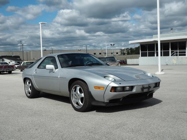 1986 Porsche 928 (CC-1391448) for sale in Downers Grove, Illinois