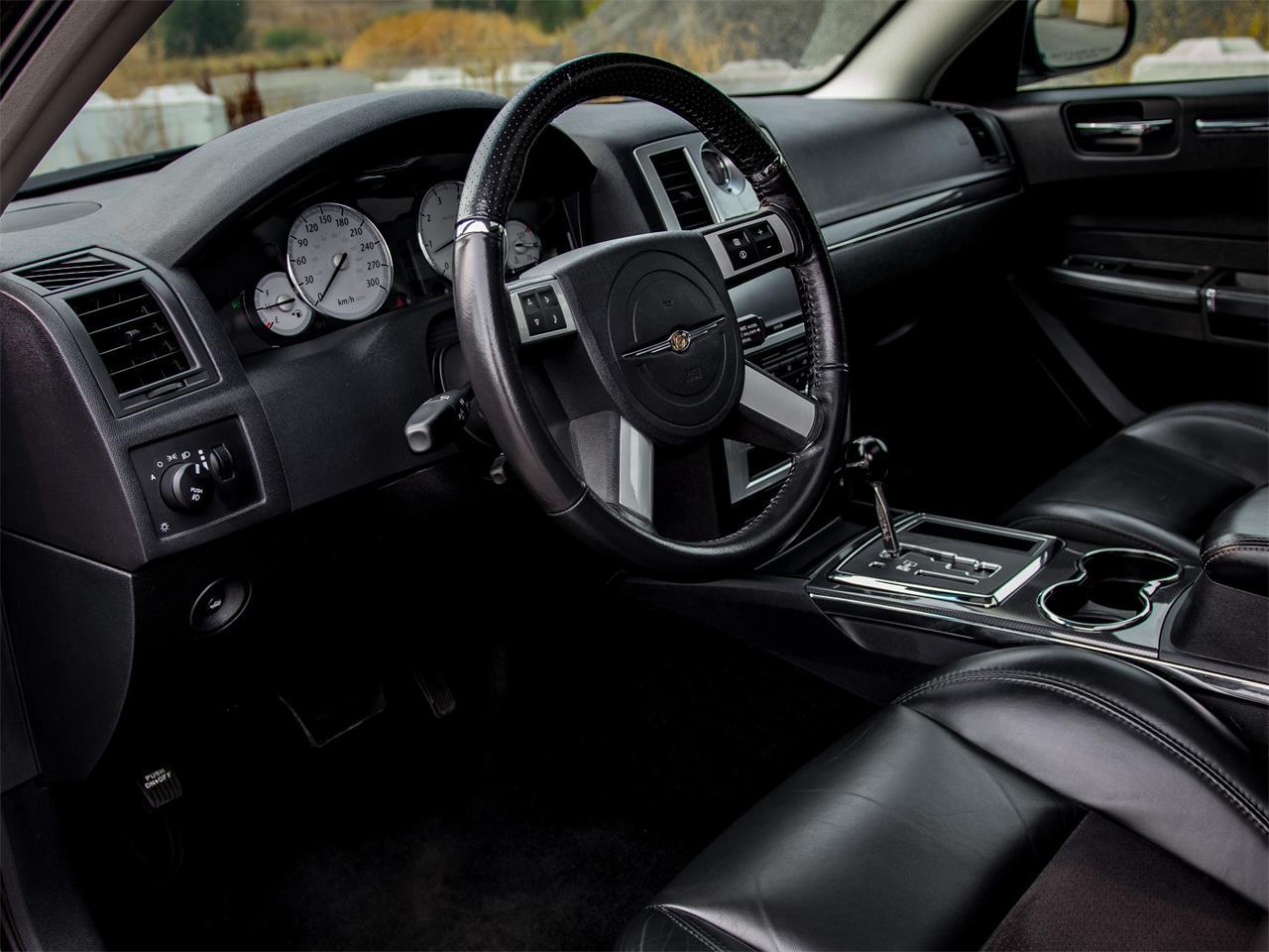 2008 Chrysler 300 (CC-1391930) for sale in Kelowna, British Columbia