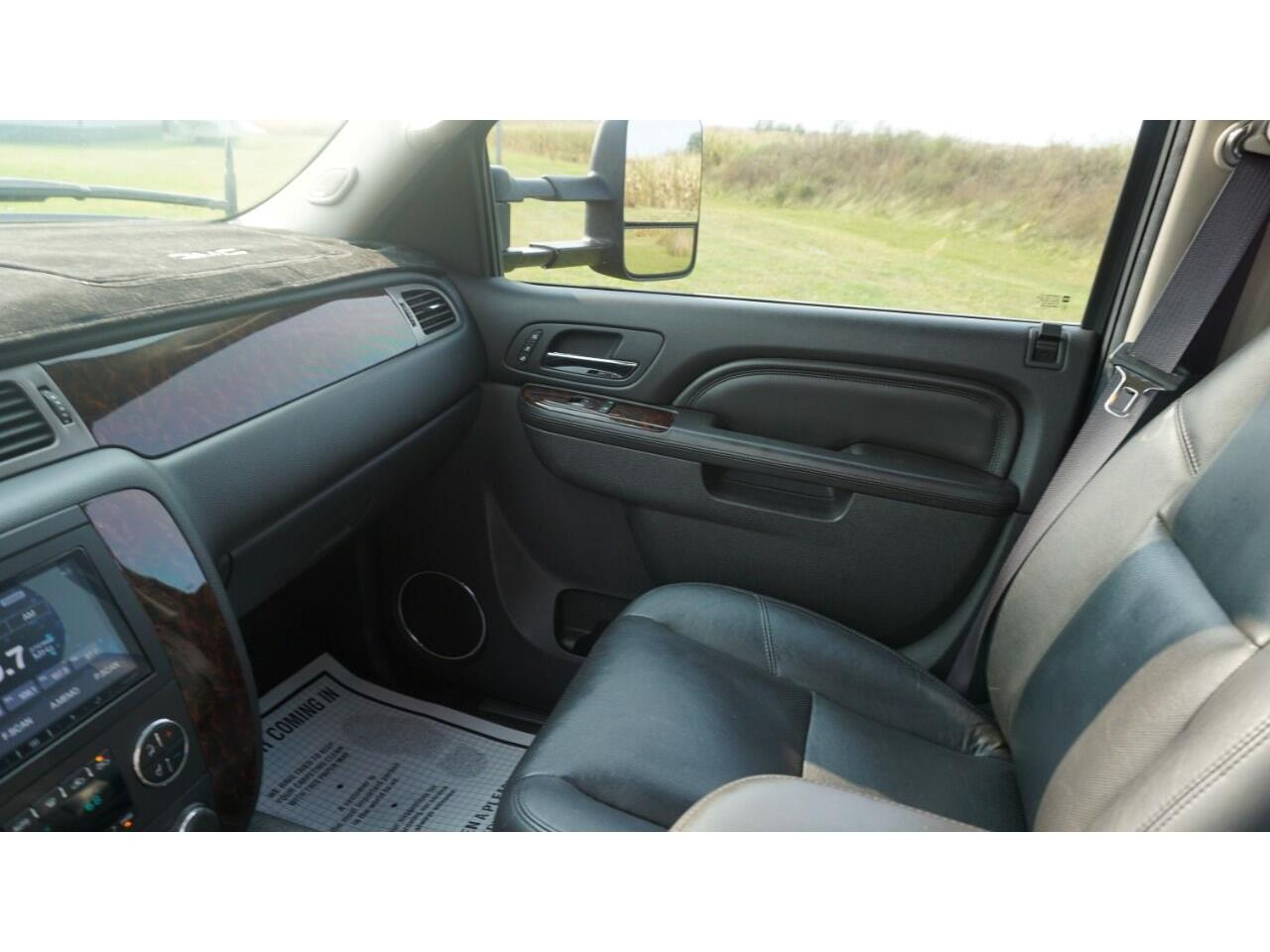2011 GMC 2500 (CC-1392782) for sale in Clarence, Iowa