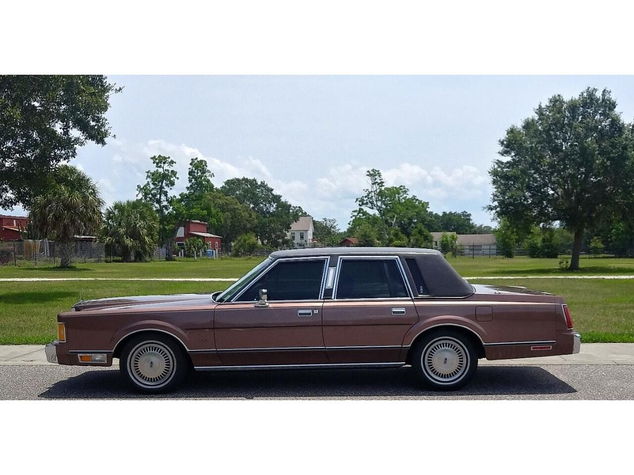1989 Lincoln Town Car (CC-1393489) for sale in Clearwater, Florida