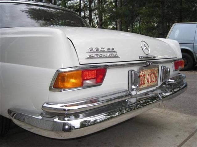 1966 Mercedes-Benz 220SE (CC-1390052) for sale in Cadillac, Michigan