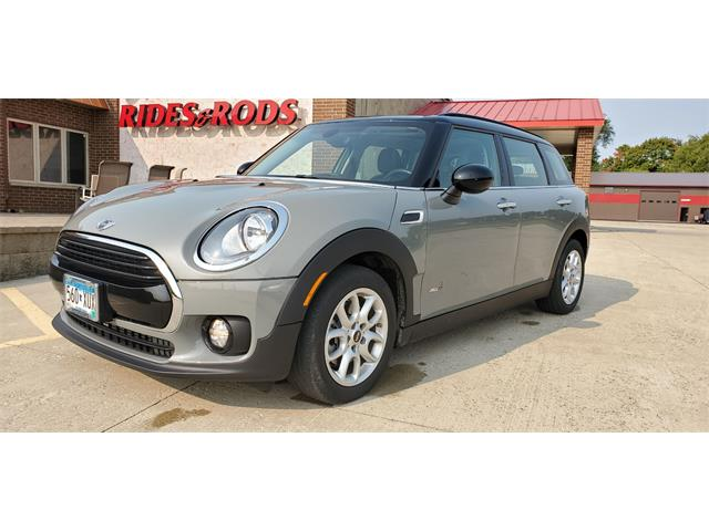 2017 MINI Cooper Clubman (CC-1390749) for sale in Annandale, Minnesota