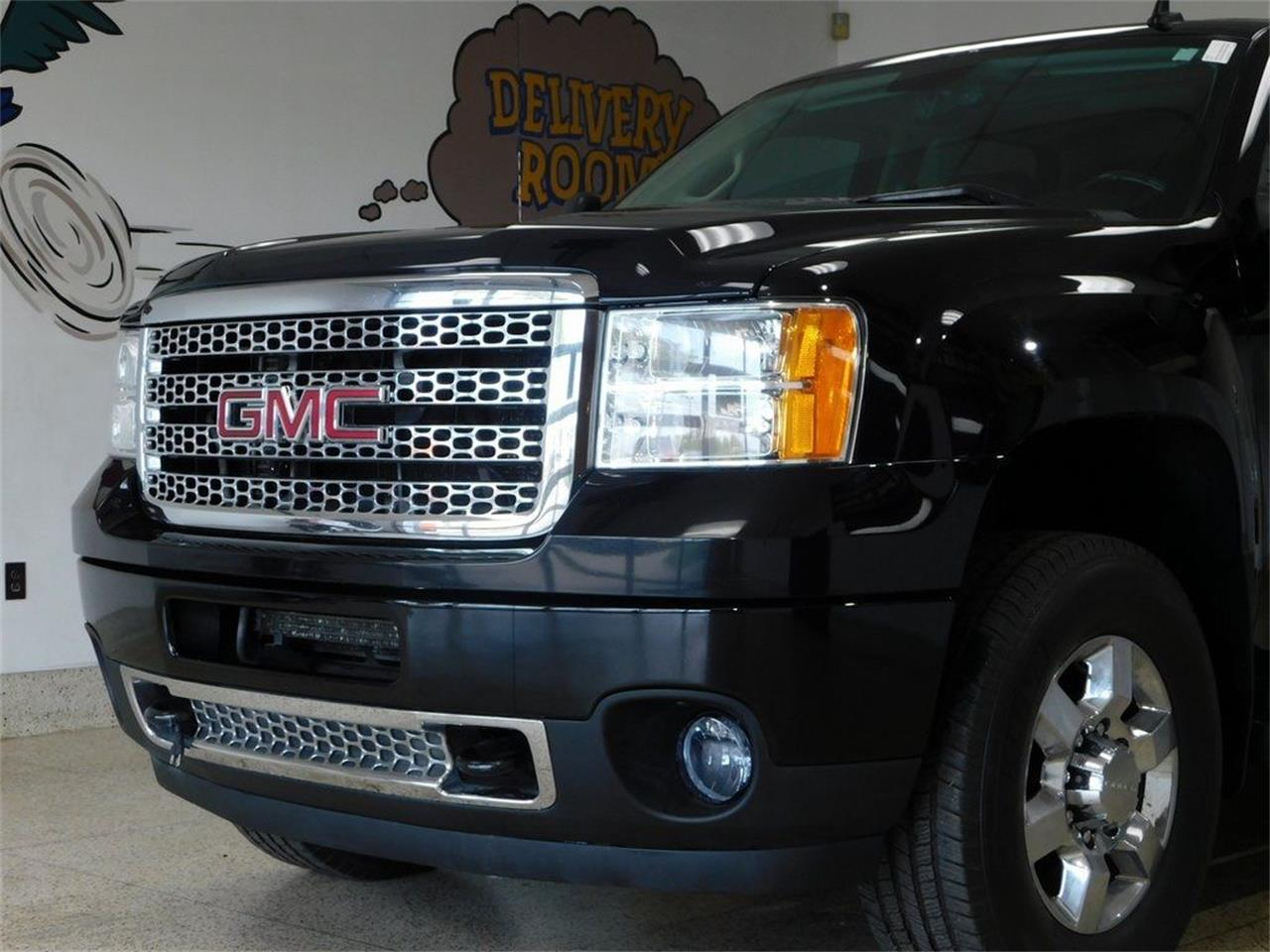 2013 GMC Sierra 2500 (CC-1390988) for sale in Hamburg, New York