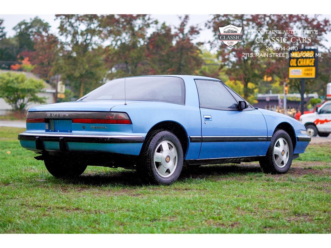1990 Buick Reatta (CC-1409482) for sale in Milford, Michigan