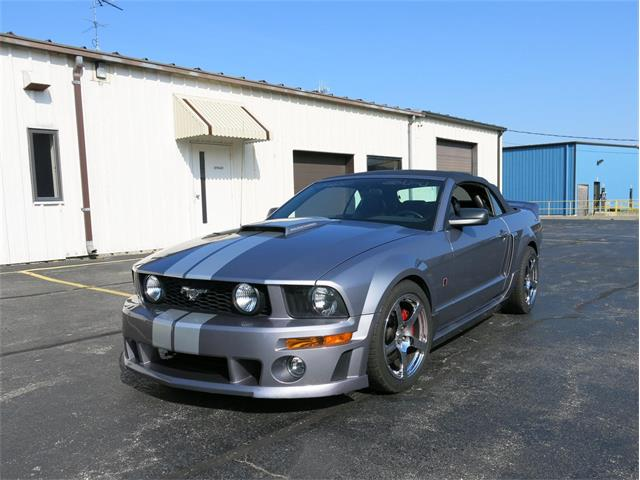 2006 Ford Mustang (Roush)