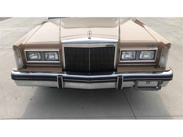 1983 Lincoln Town Car (CC-1411261) for sale in Johnston , Iowa