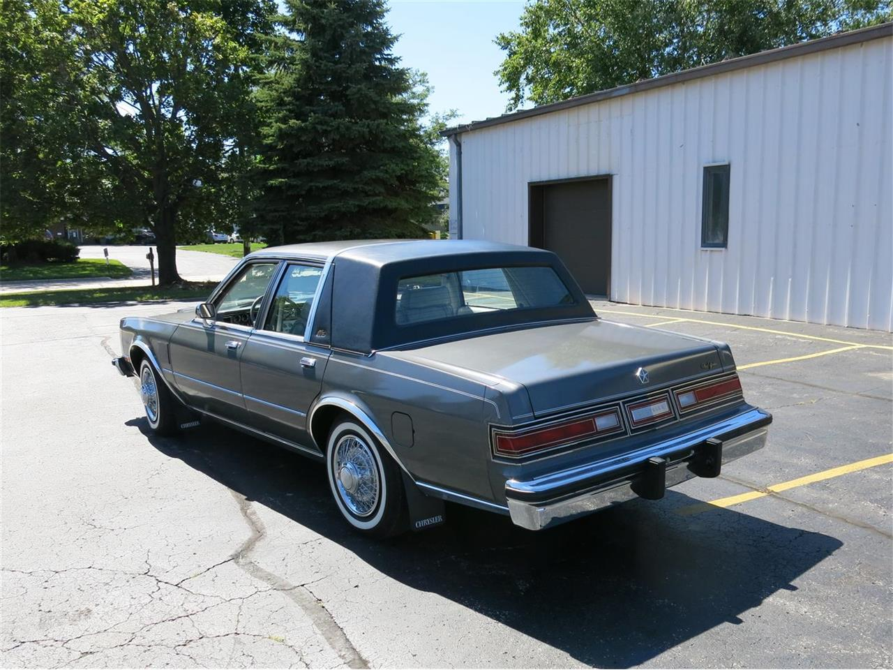 1983 Chrysler New Yorker (CC-1411417) for sale in Manitowoc, Wisconsin