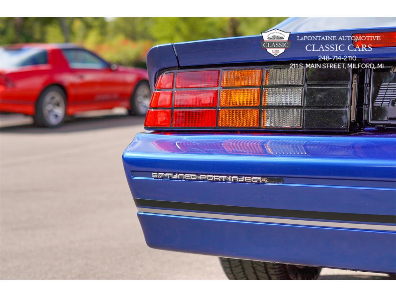 1989 Chevrolet Camaro IROC-Z (CC-1410015) for sale in Milford, Michigan