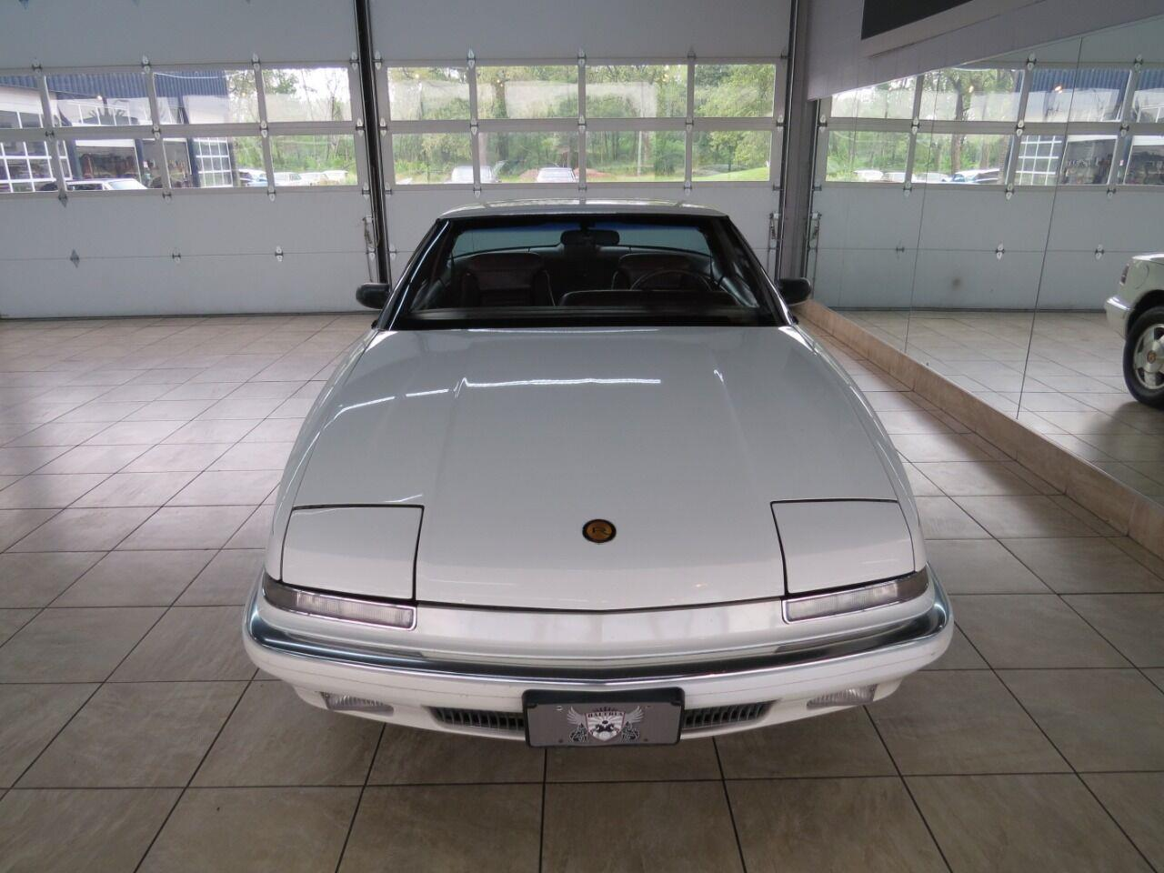 1990 Buick Reatta (CC-1411928) for sale in St. Charles, Illinois