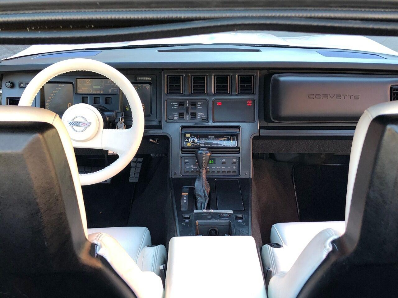1988 Chevrolet Corvette (CC-1412270) for sale in Saint Charles, Missouri