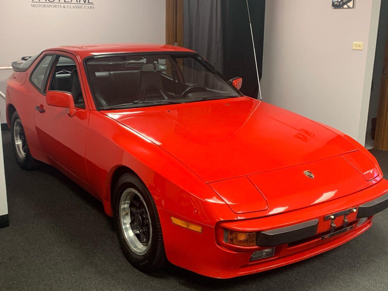 1983 Porsche 944 (CC-1412610) for sale in Addison, Illinois