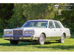 1985 Lincoln Town Car (CC-1412625) for sale in Milford, Michigan