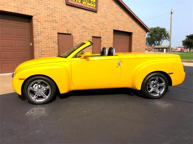2004 Chevrolet SSR (CC-1412822) for sale in North Canton, Ohio