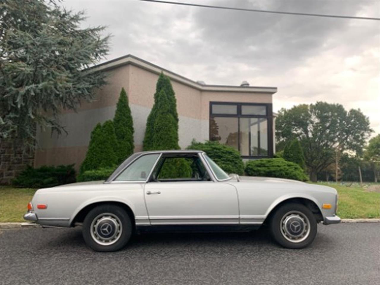 1970 Mercedes-Benz 280SL (CC-1412827) for sale in Astoria, New York