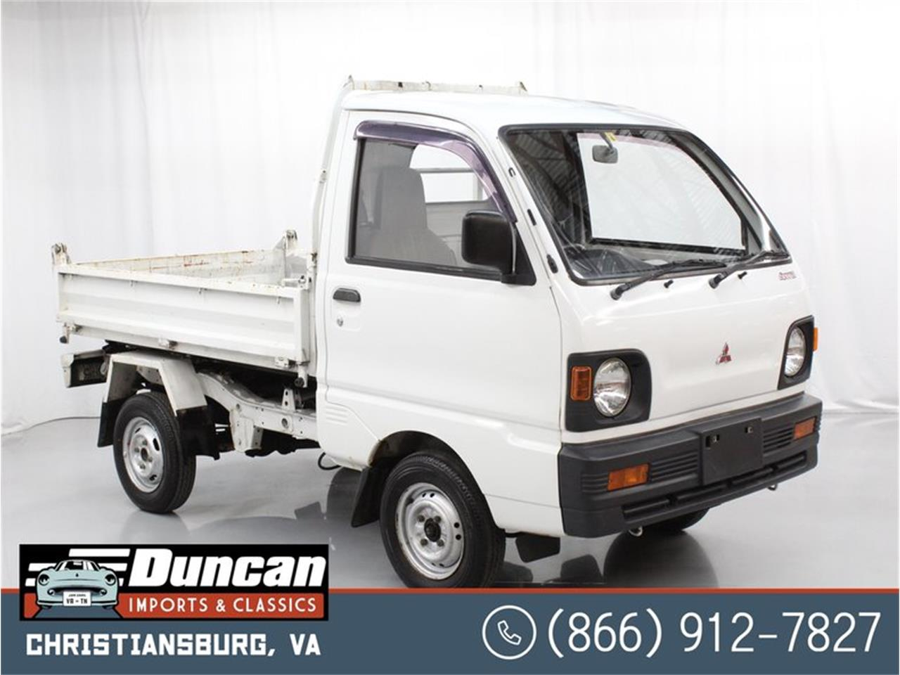 1992 Mitsubishi Minicab (CC-1413620) for sale in Christiansburg, Virginia