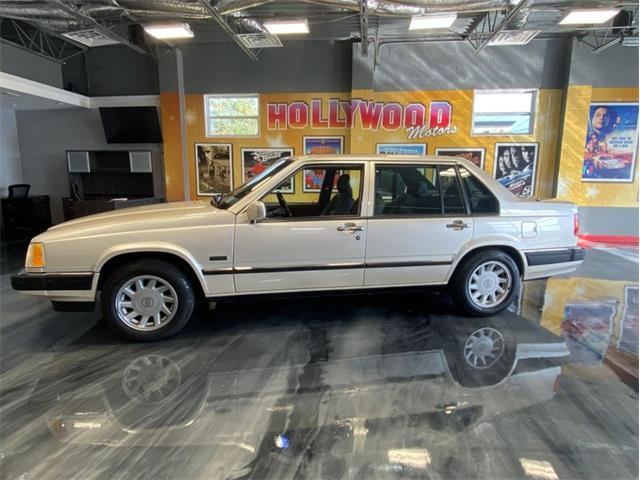 1994 Volvo 960 (CC-1414920) for sale in West Babylon, New York