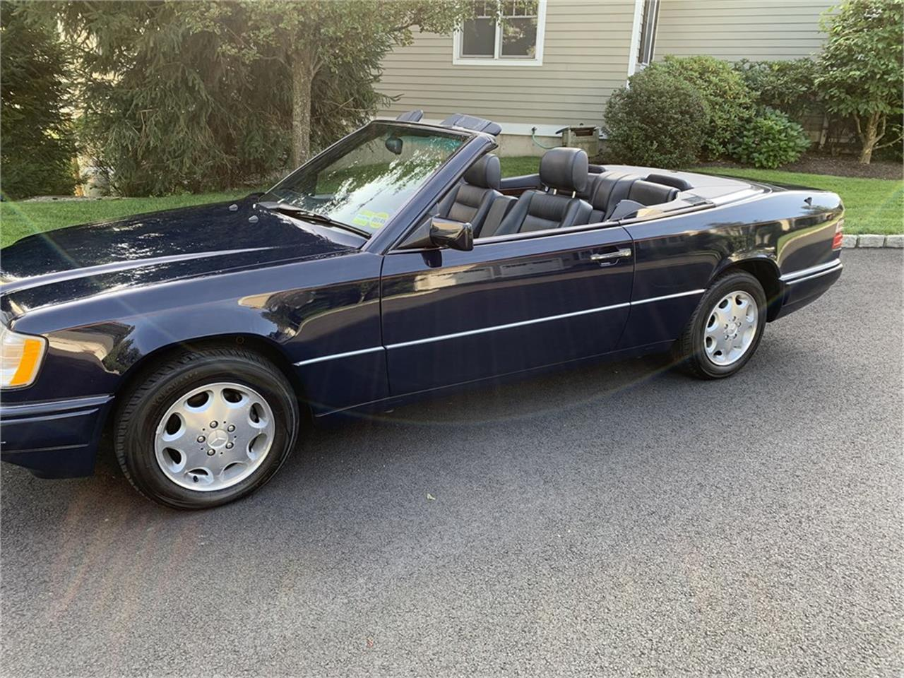 1995 Mercedes-Benz E320 (CC-1414955) for sale in Stamford, Connecticut