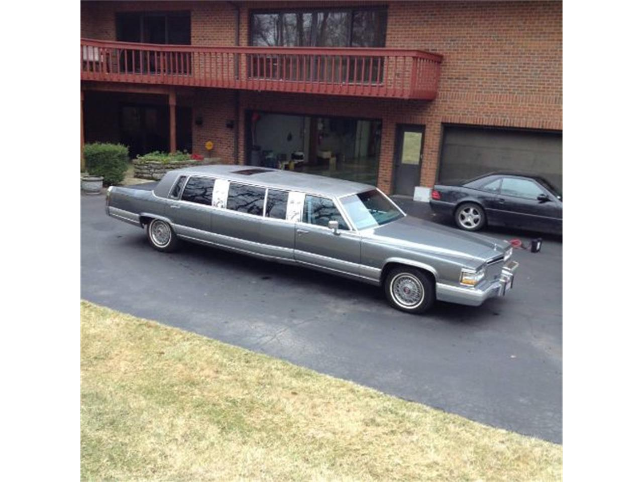 1990 Cadillac Limousine (CC-1410576) for sale in Cadillac, Michigan