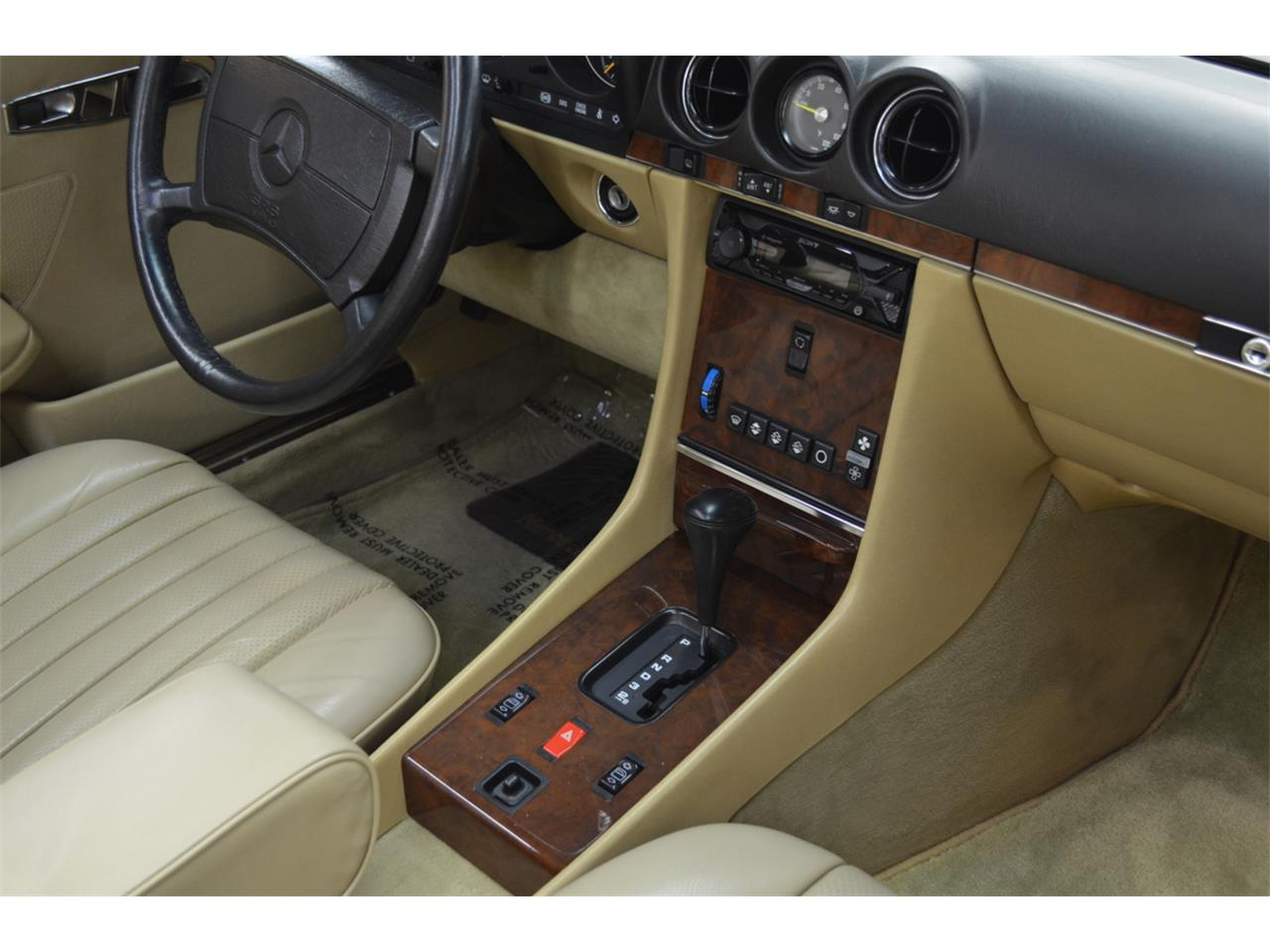 1989 Mercedes-Benz 560SL (CC-1415950) for sale in Huntington Station, New York