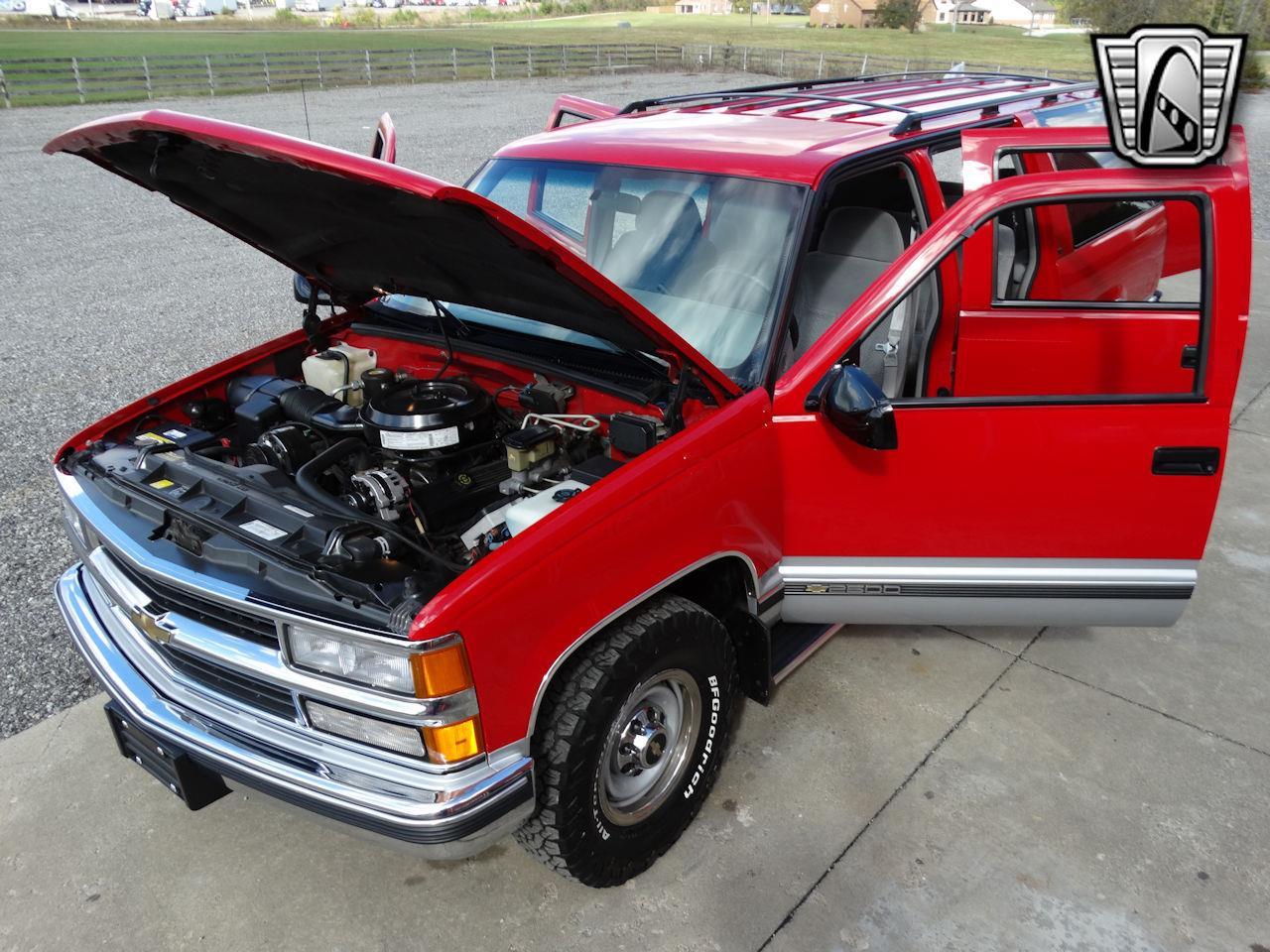 1995 Chevrolet Suburban (CC-1416993) for sale in O'Fallon, Illinois