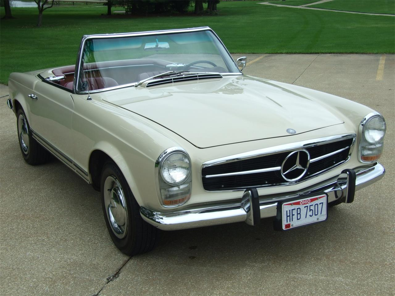 1967 Mercedes-Benz 230SL (CC-1417429) for sale in Canton, Ohio