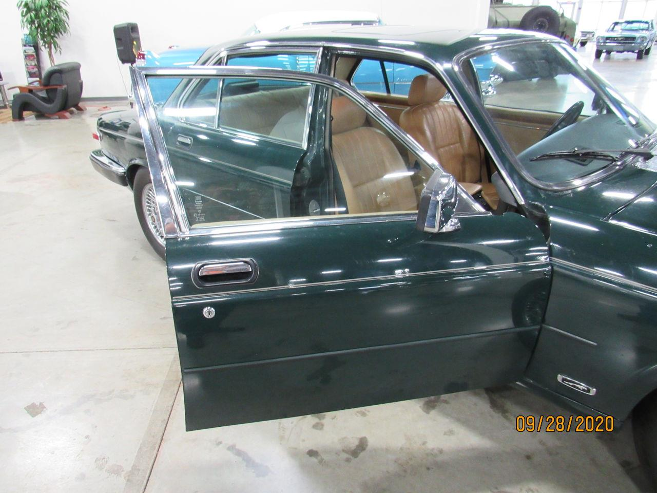 1987 Jaguar XJ6 (CC-1418314) for sale in O'Fallon, Illinois
